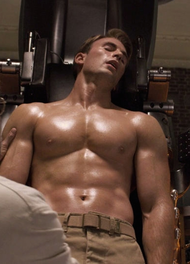 40 Photos Of Chris Evans That Will Make You Want To Start