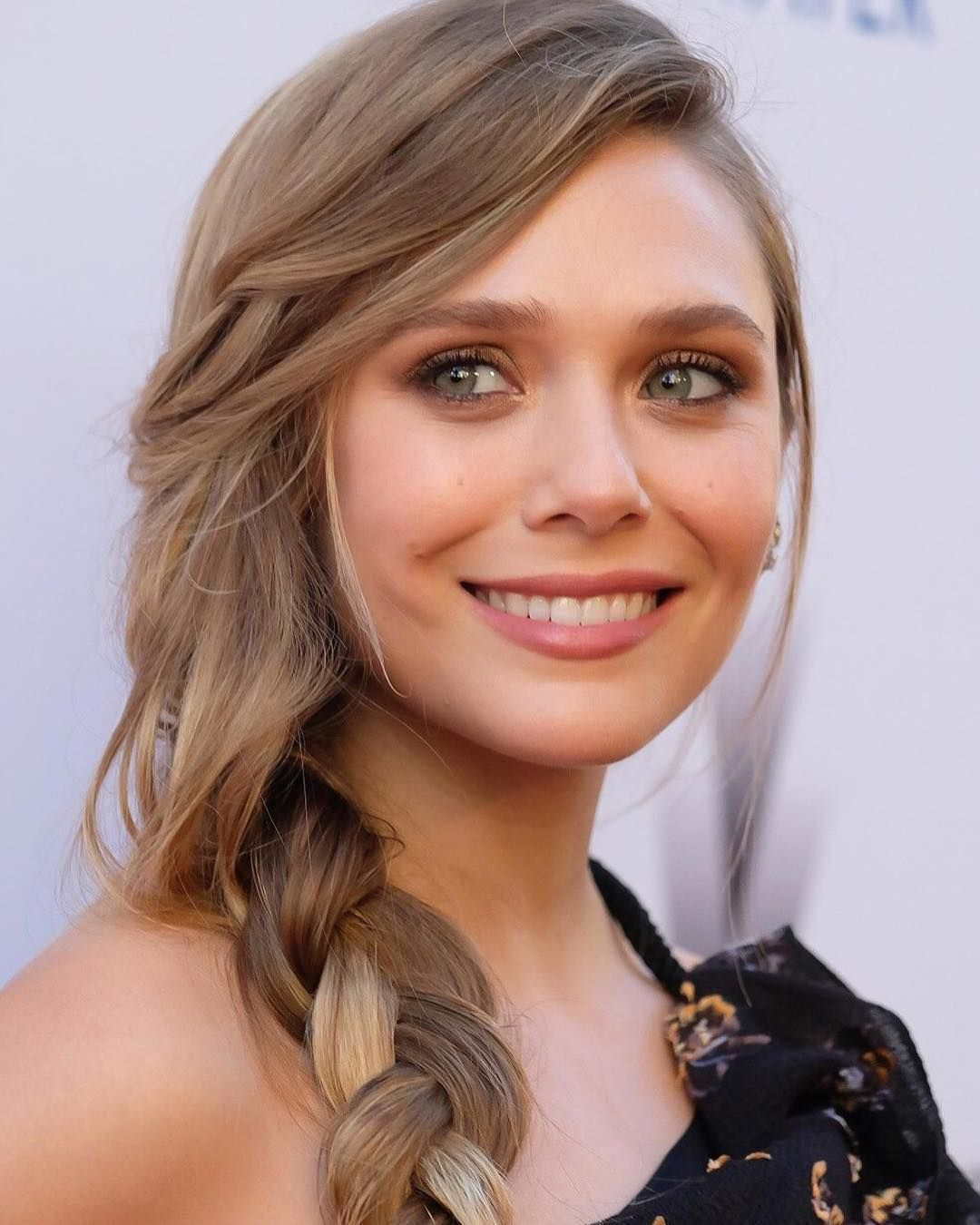33 Plus Elizabeth Olsen Images Will Prove That She Is Most ...