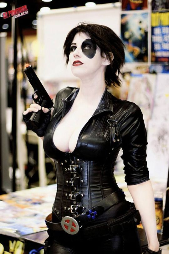 Domino Irresistible Cosplay
