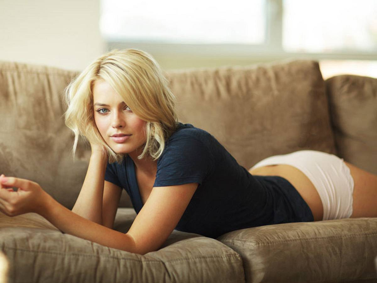 Margot Robbie underwear