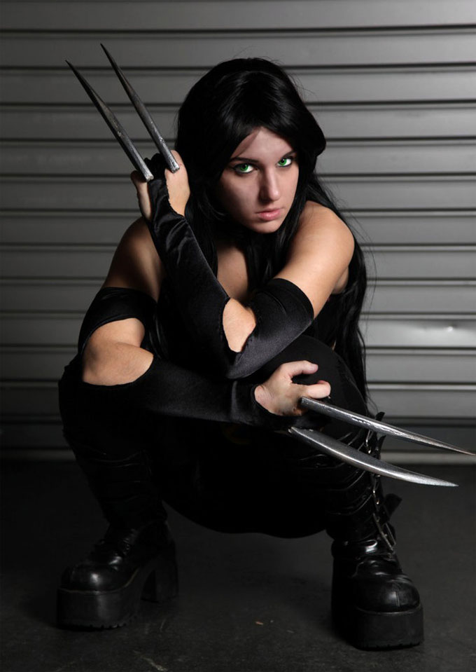 X-23 Cosplays Hot in Black