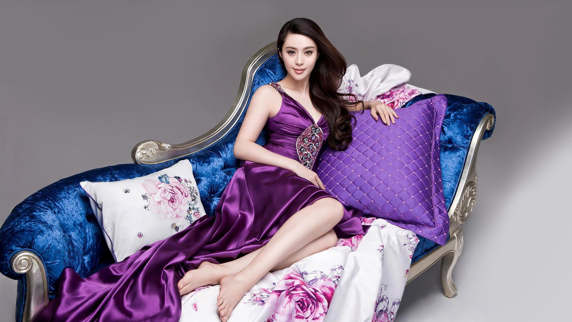 Fan Bing Bing feet