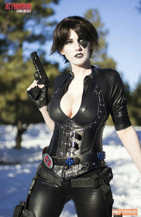 Domino Stunning Cosplay