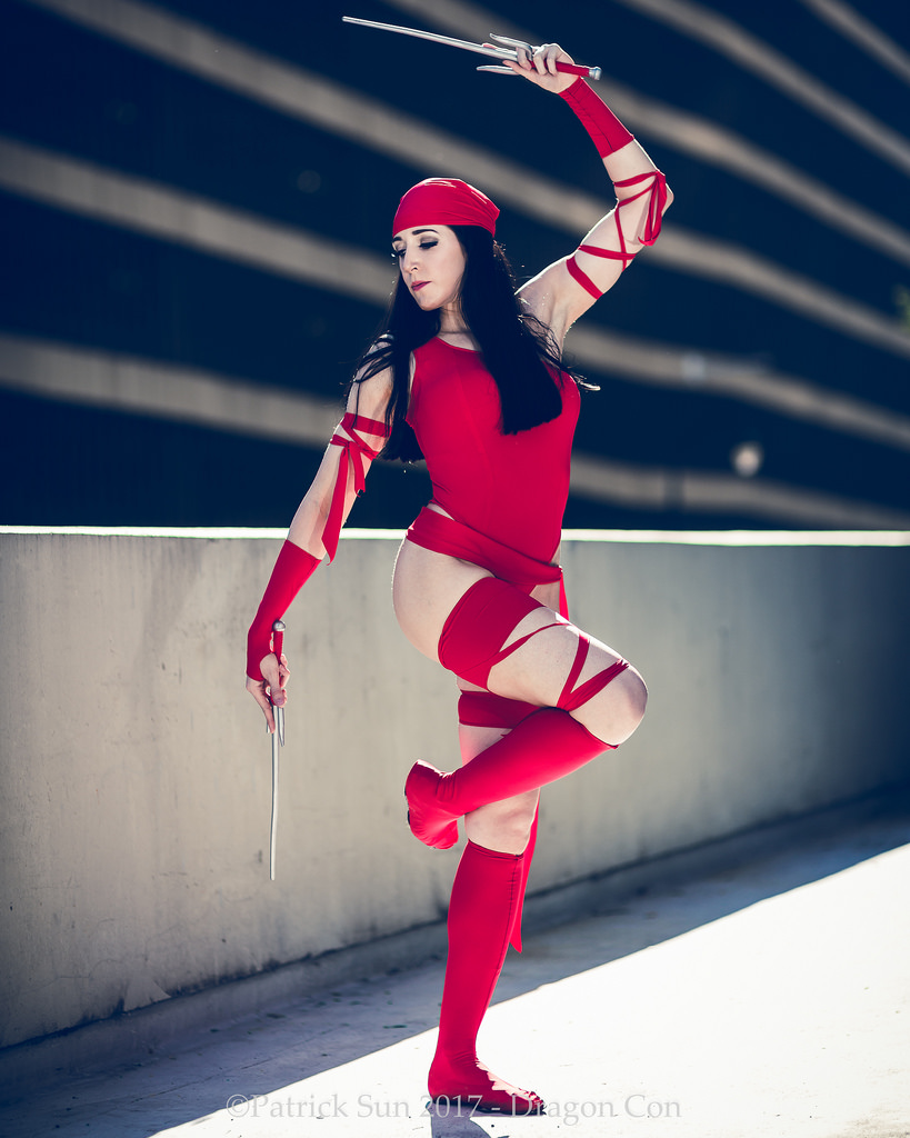 Elektra Cosplays Sexy in Red