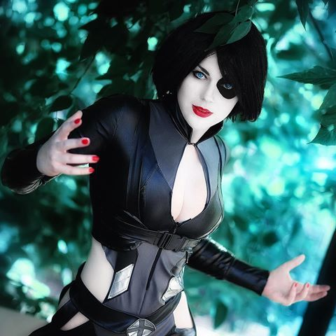 Domino Hot Cosplay