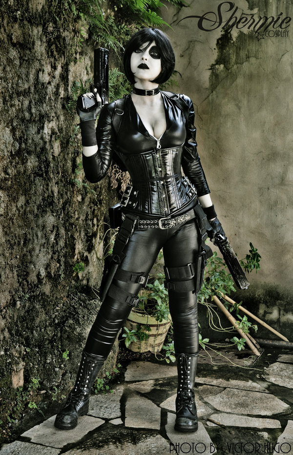 Domino Awesome Cosplay