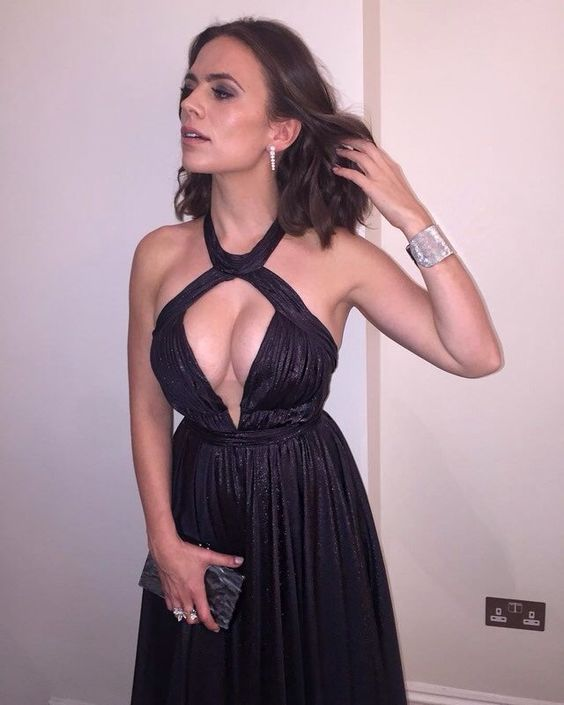 Hayley Atwell dress