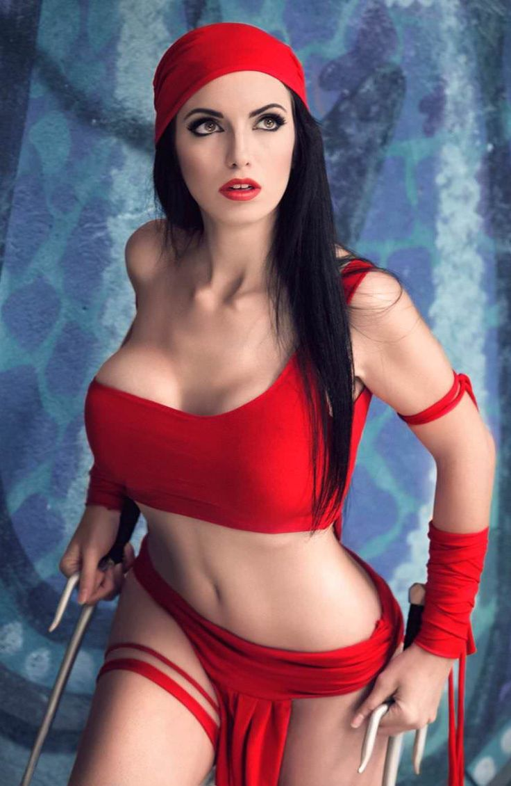 Elektra Cosplays Sexy Pictures