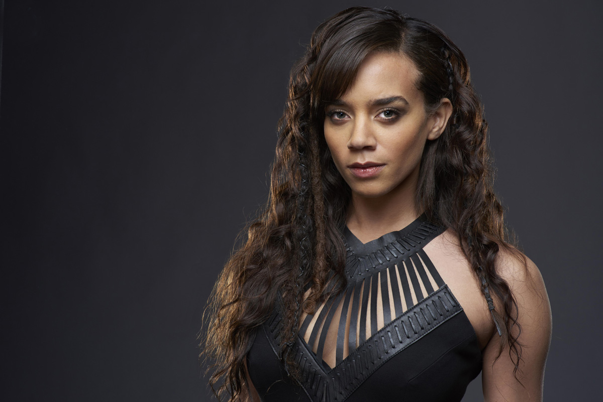Fappening Hannah John Kamen naked (62 photo), Ass, Hot, Twitter, butt 2019