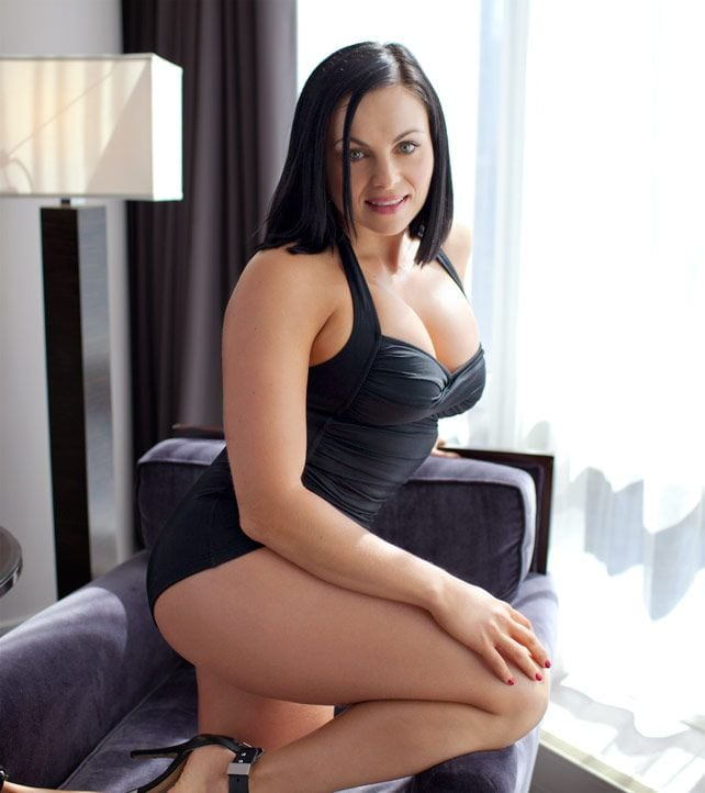 Aksana Hot Pictures