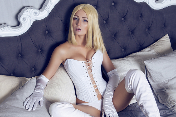 emma frost sexy pictures