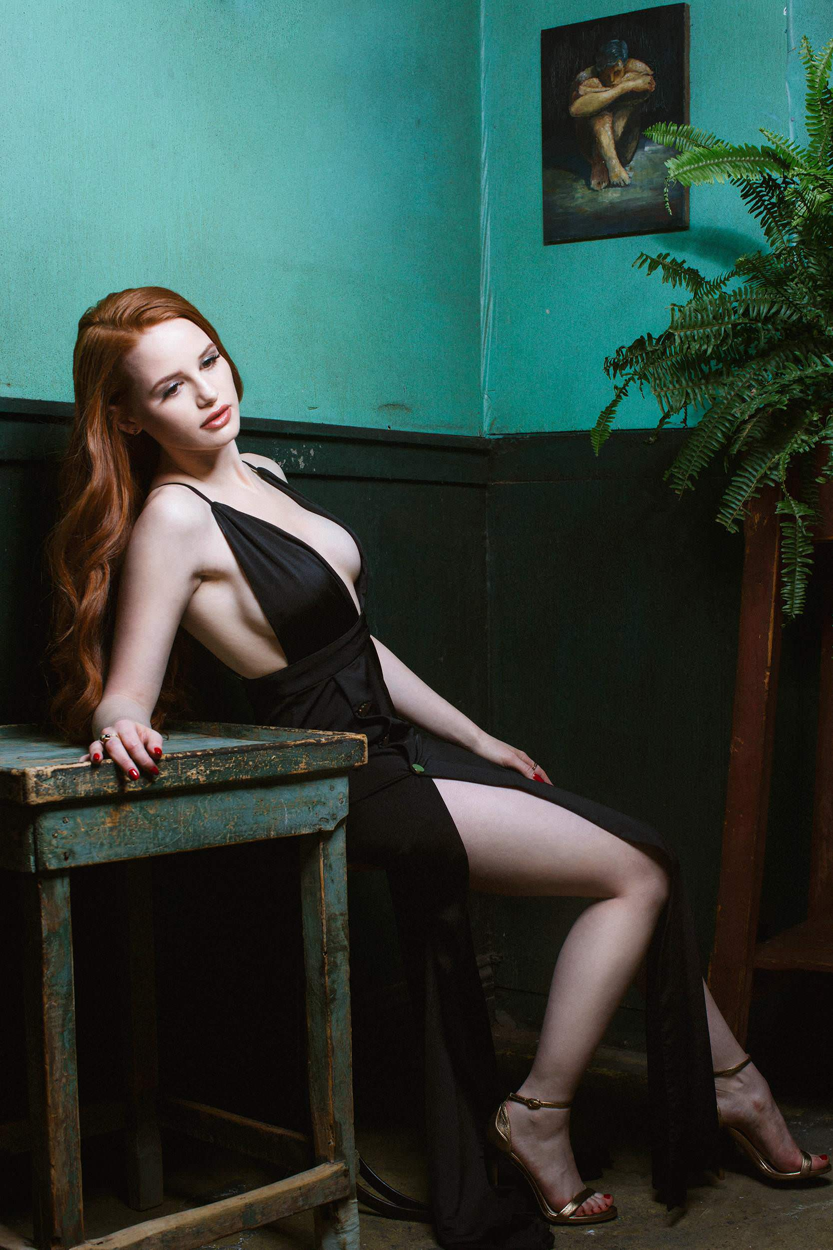 Madelaine Petsch Hot Pictures