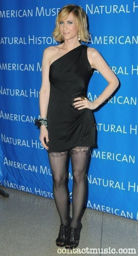 Kristen Wiig on Black Dress