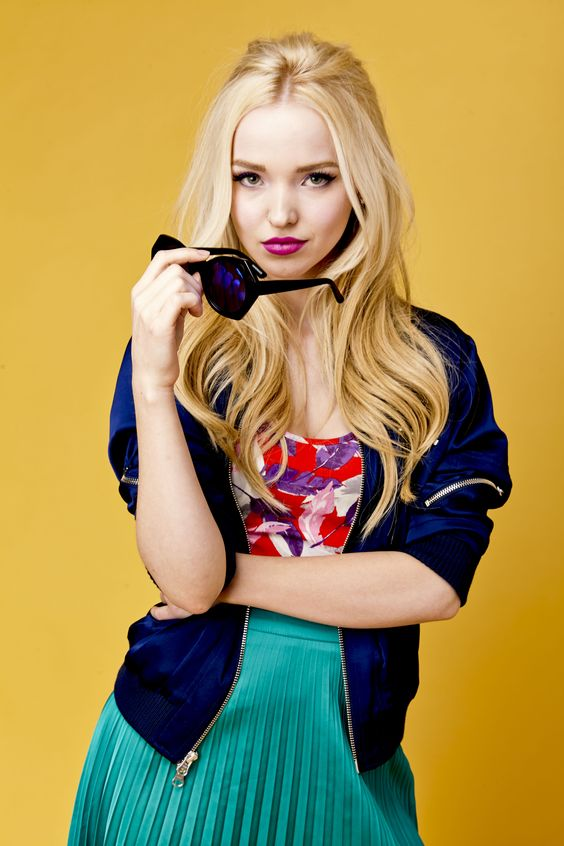 Dove Cameron Hot