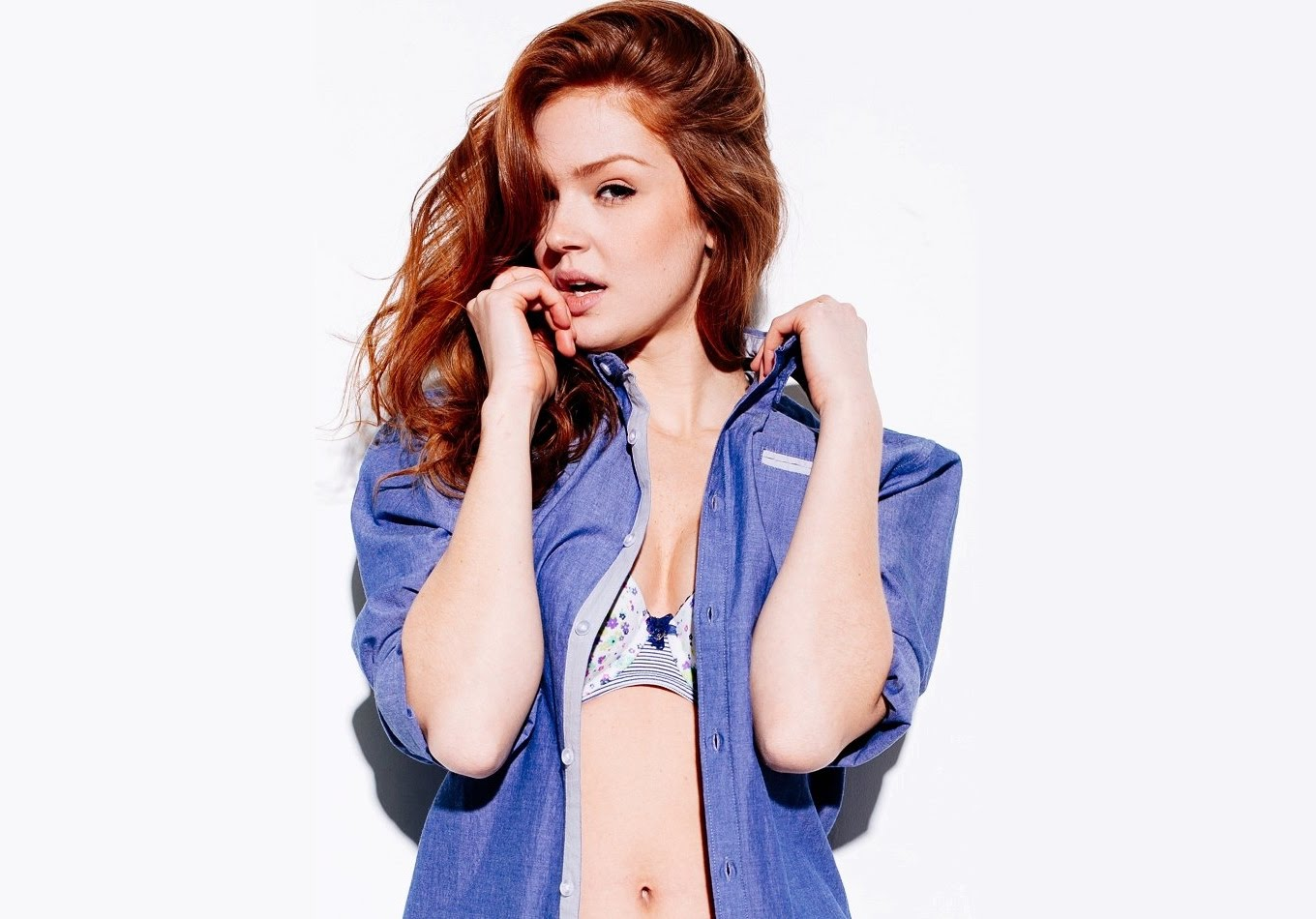 Maggie Geha Sexy Pictures