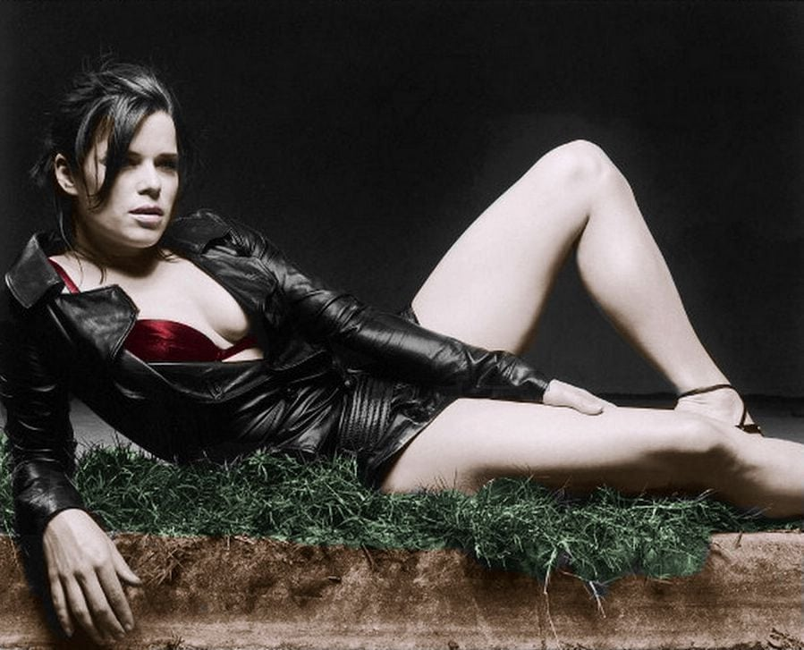 39 Hot Pictures Of Neve Campbell - Skyscraper Movie Actress