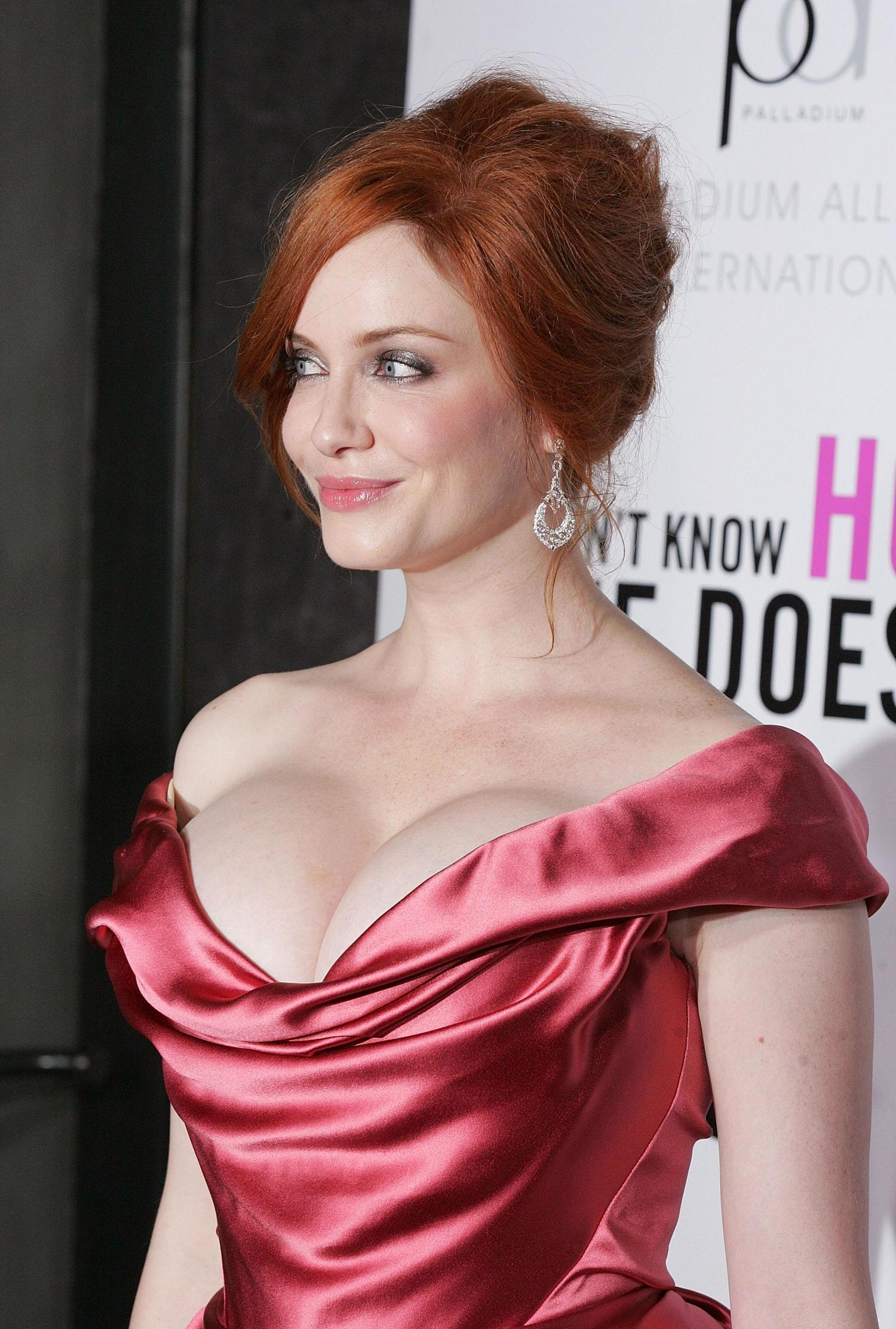 61 Hot Pictures Of Christina Hendricks - Perfect For