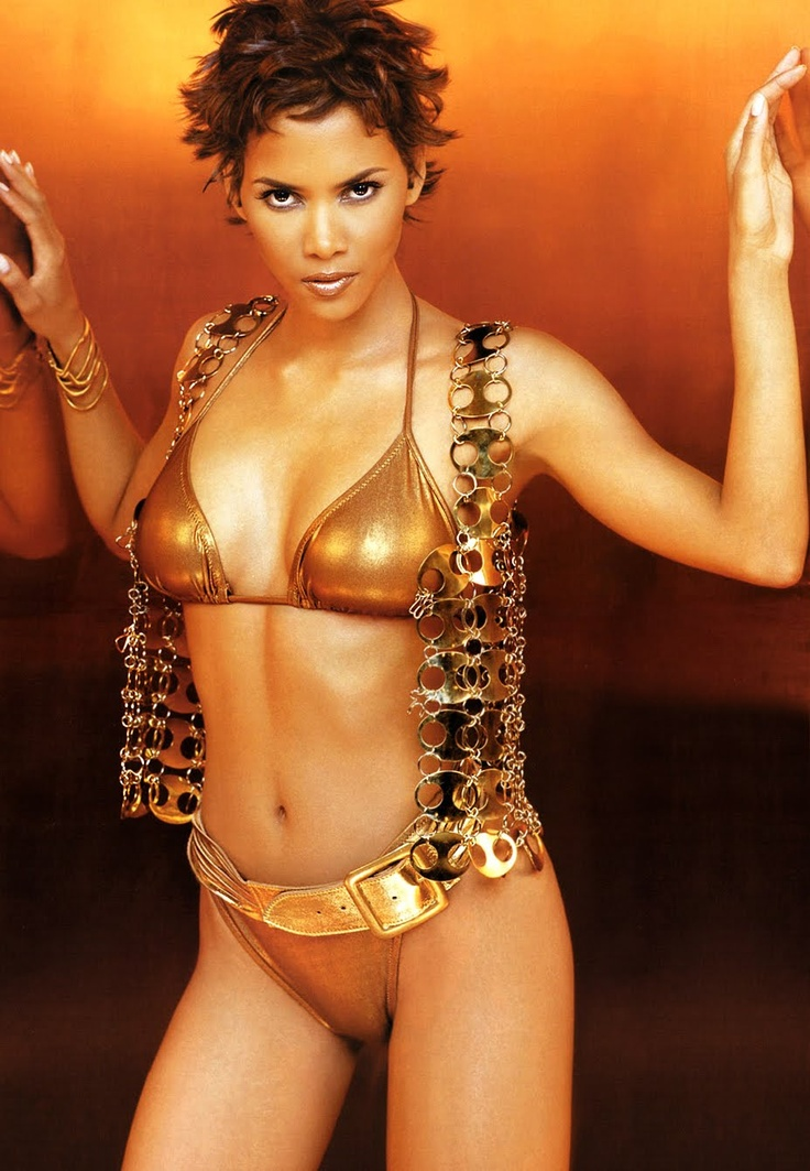 Halle Berry in Photoshot