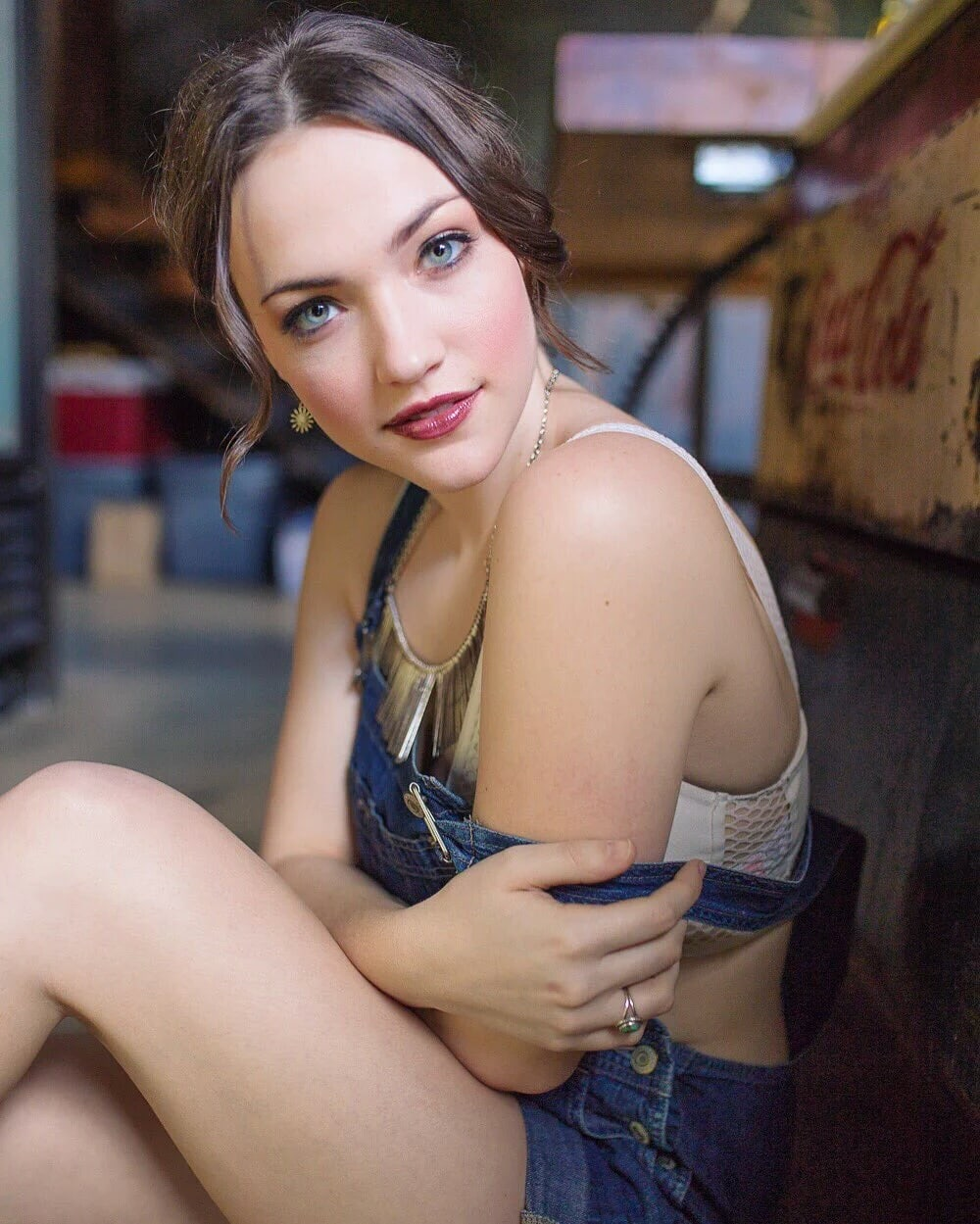 Violett Beane Sexy Pictures