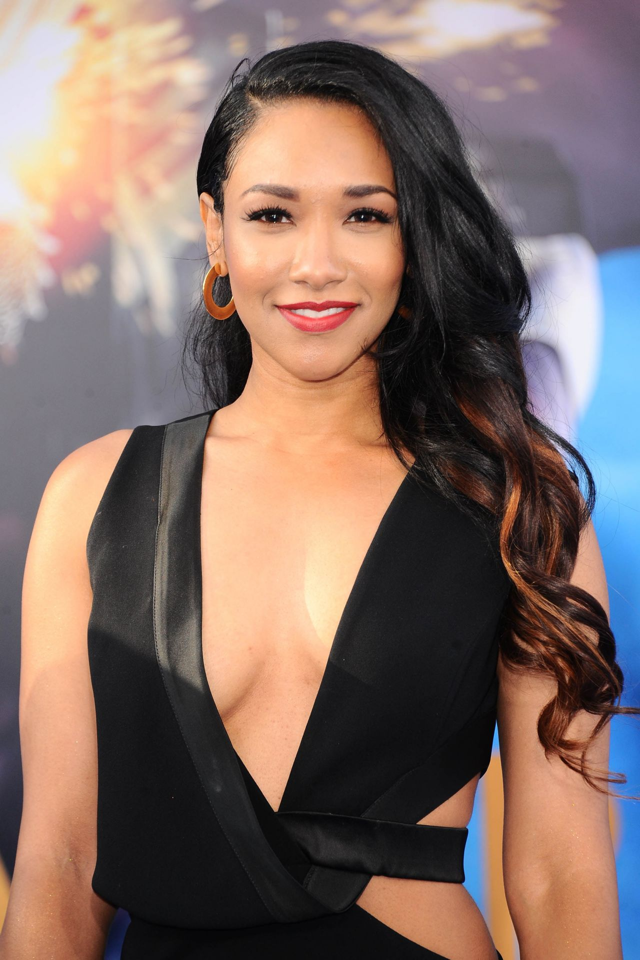 32 Hottest Instagram Pictures Of Candice Patton Best Of Comic Books