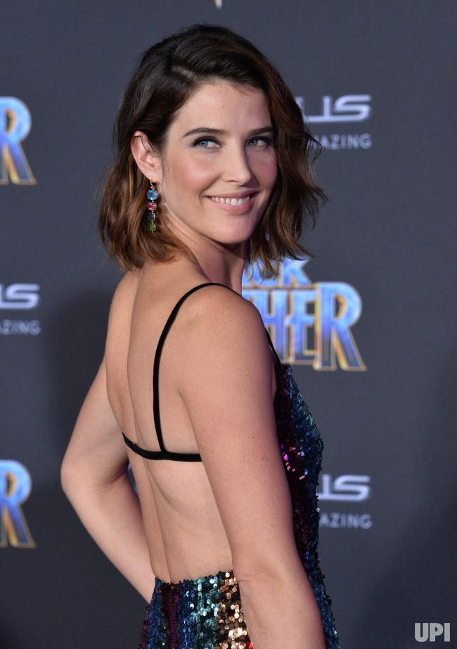 Cobie Smulders Sexy Back