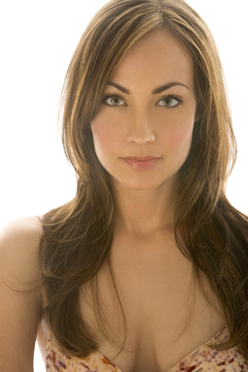 Courtney Ford Cleavage