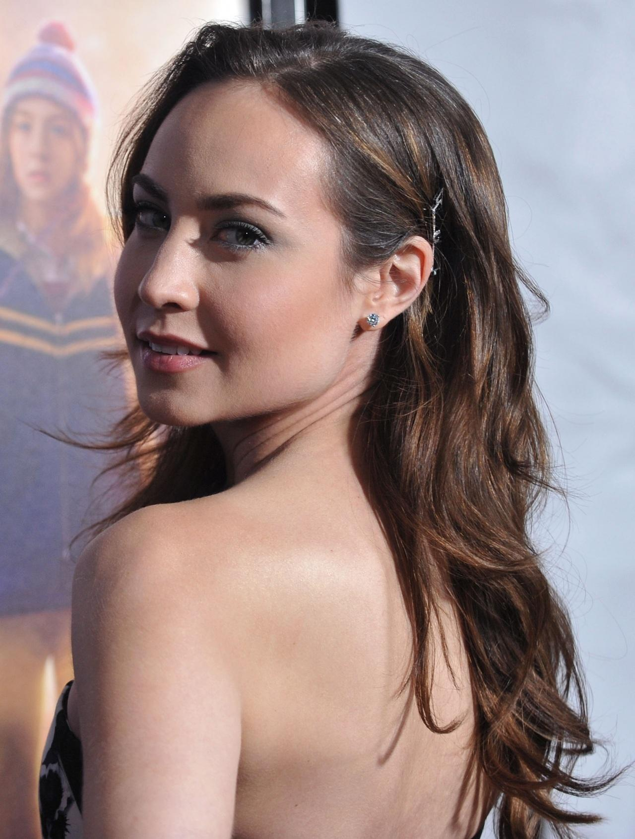 Courtney Ford Sexy Back