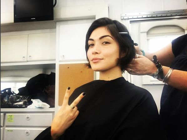 Daniella Pineda Hairstyle