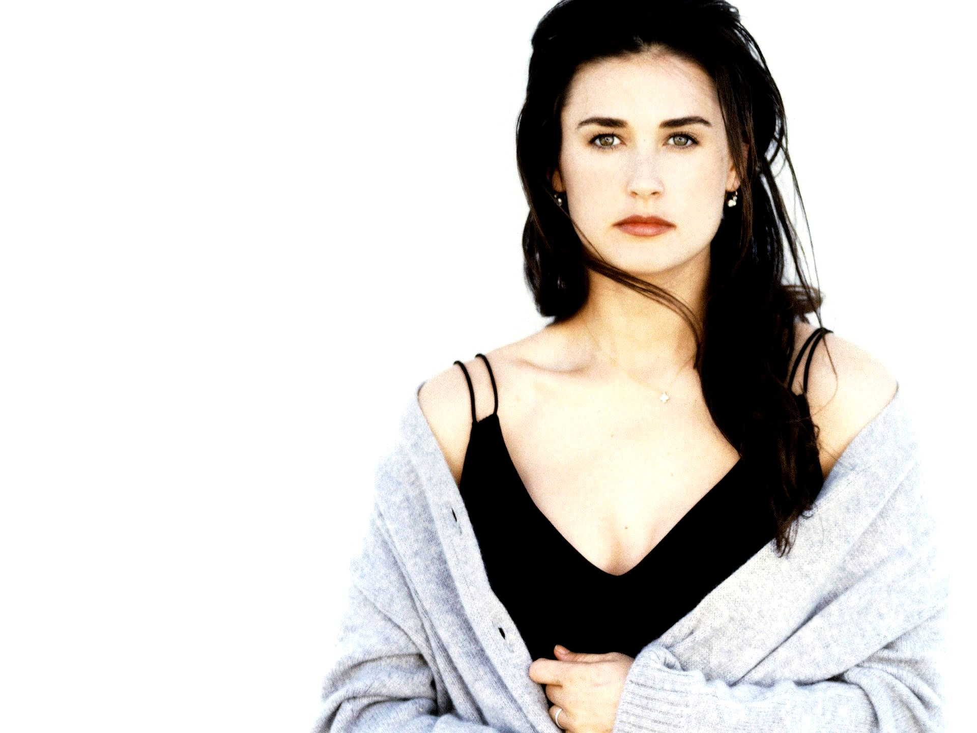 33 Hottest Young Demi Moore Pictures That Made Us Fall In ...