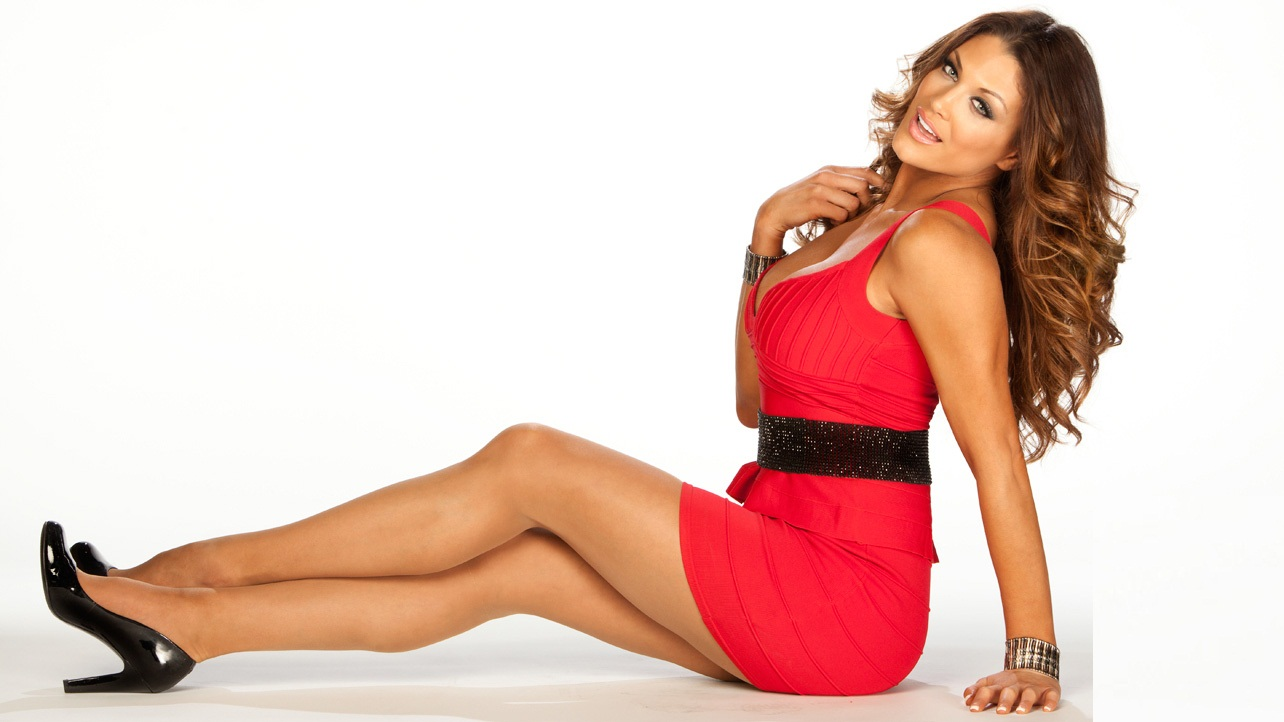 eve-torres-leaked-cell-phone-pic