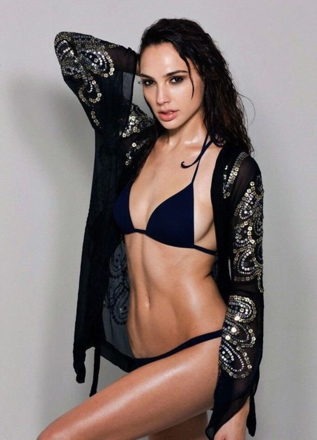 32 Sizzling Gal Gadot Lingerie Pictures That Will Drive Wonder Woman Fans Nuts