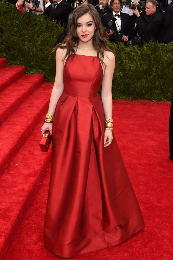 Hailee Steinfeld Long Red Dress