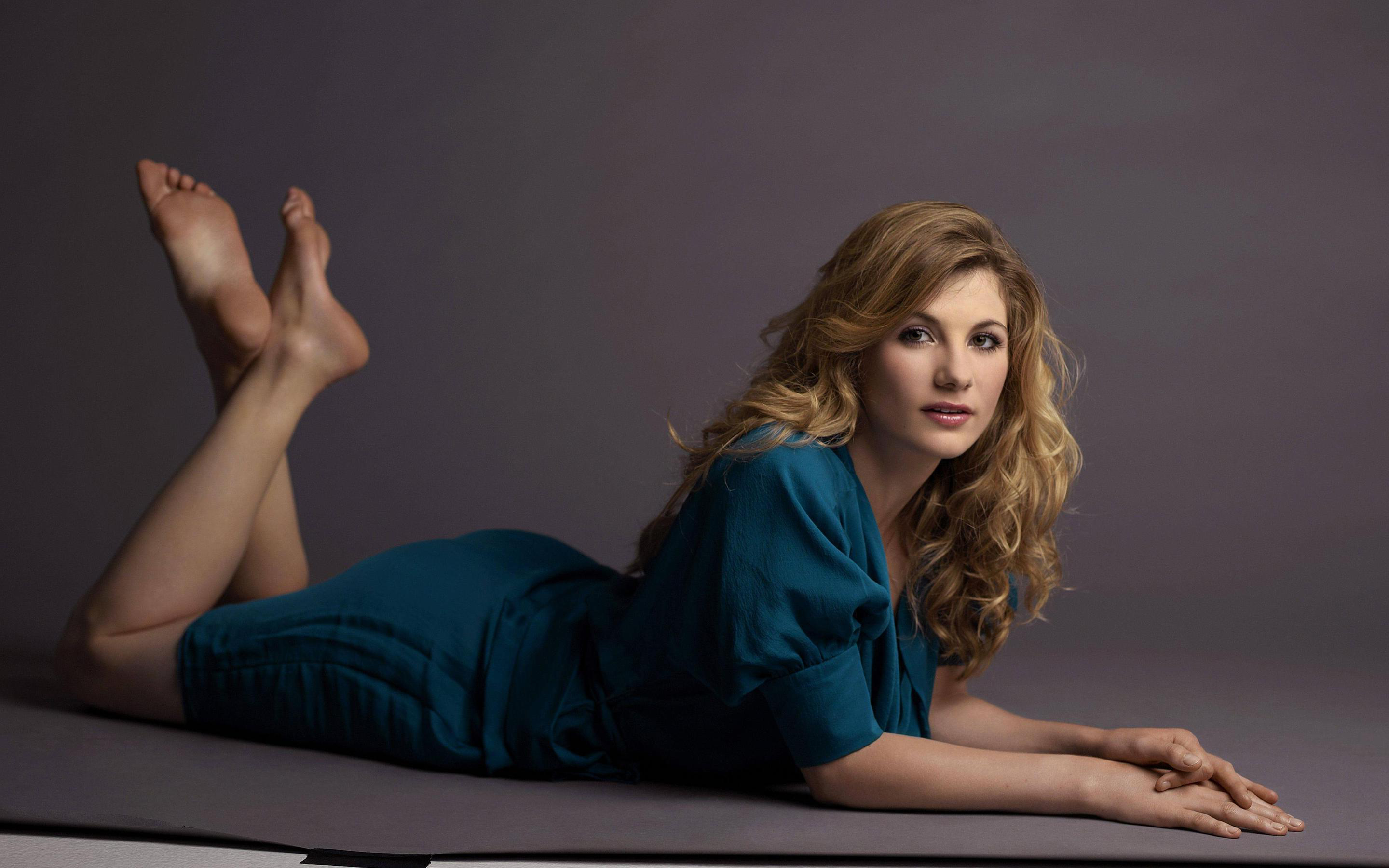 Hot Feet Jodie Whittaker naked photo 2017