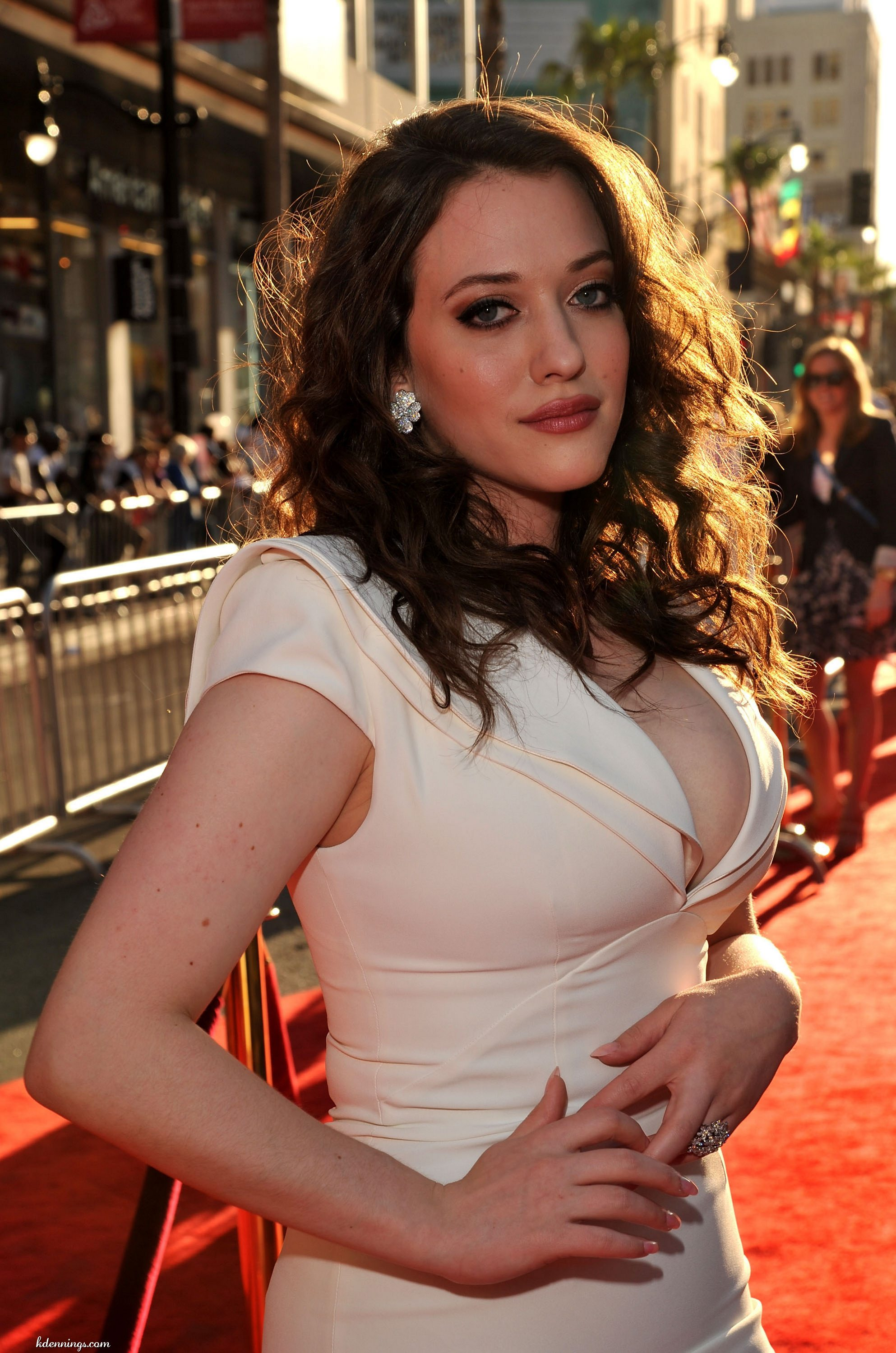 35 Hot Pictures Of Kat Dennings - Darcy Lewis In Thor Movies-4340
