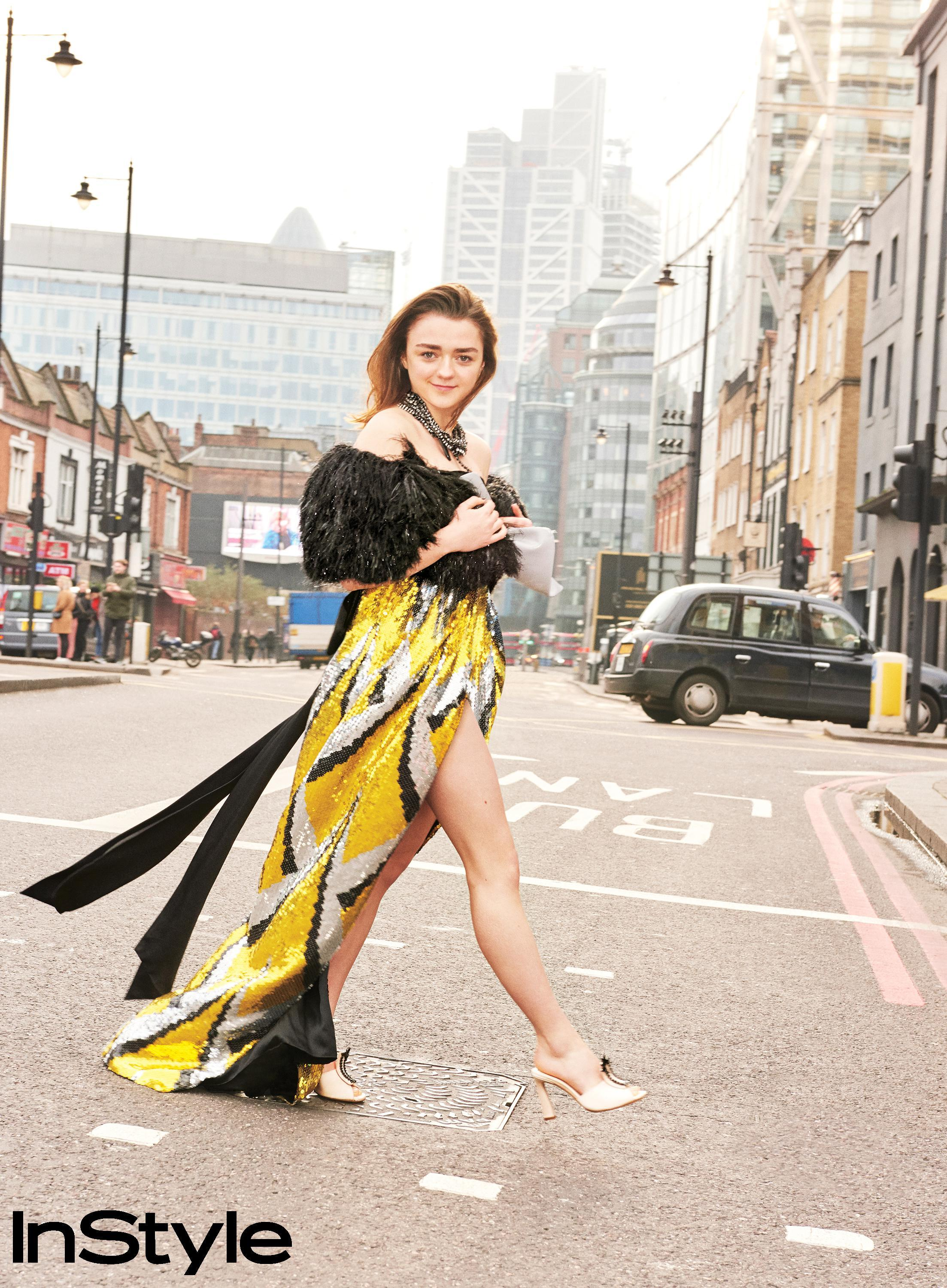 Maisie Williams Feet Hot