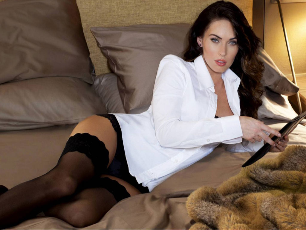 Megan Fox Seductive Pictures