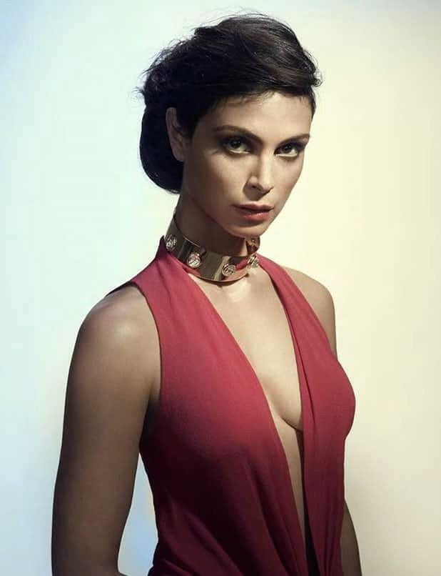 Morena Baccarin Red Hot
