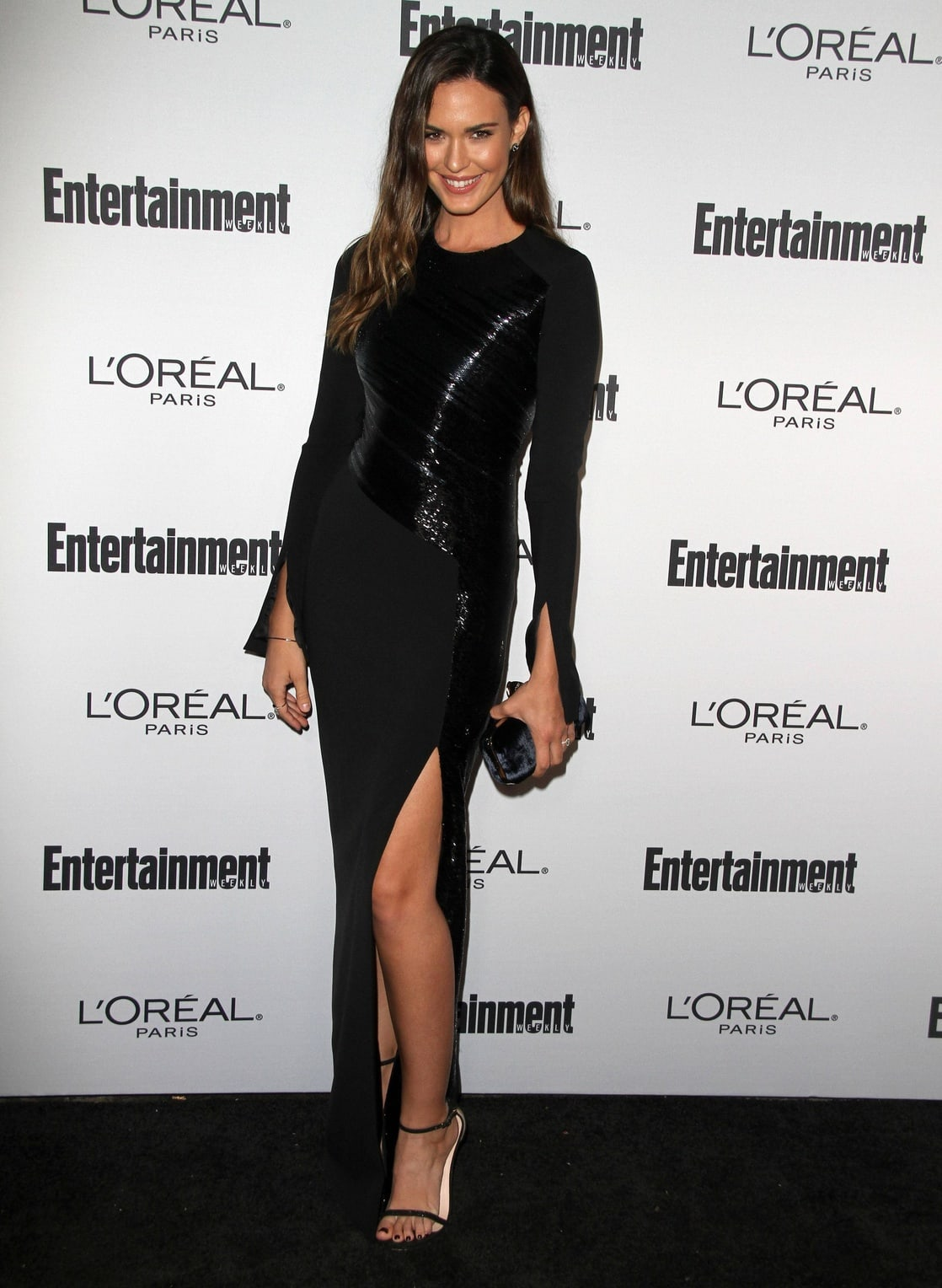 Odette Annable Body 33 Hot Pictures...