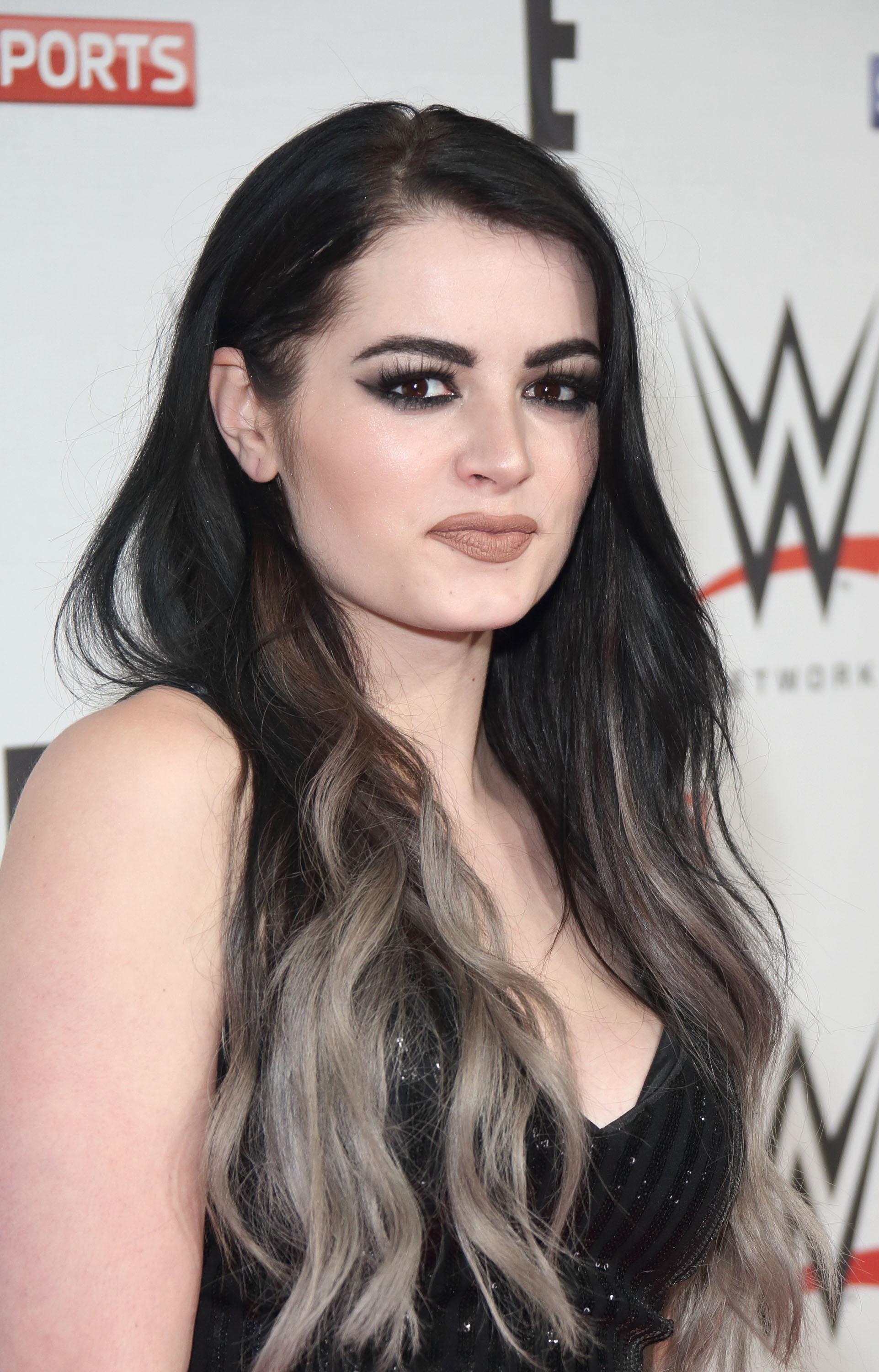 WWE RAW Pre-Show Red Carpet