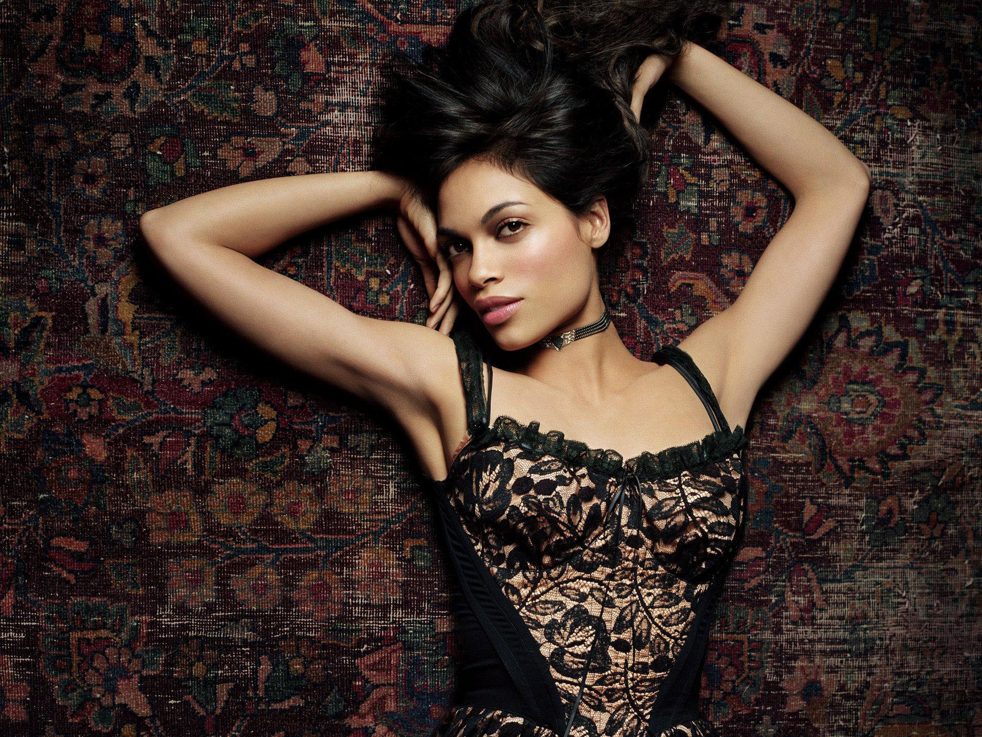 Rosario Dawson Hot Face