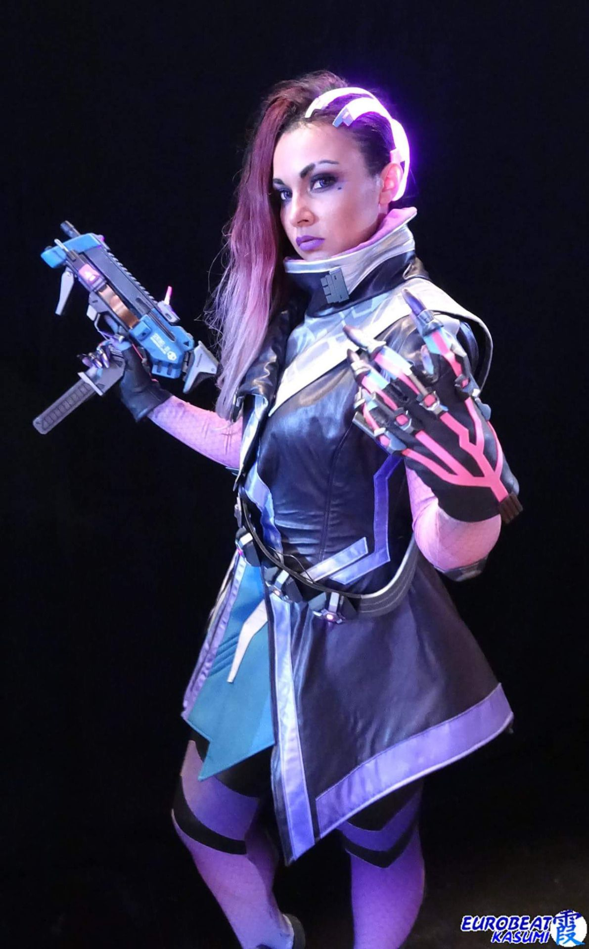 Sombra Angry Cosplay
