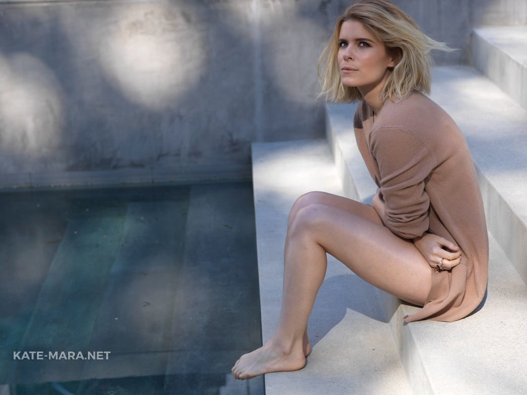 kate mara hot feet