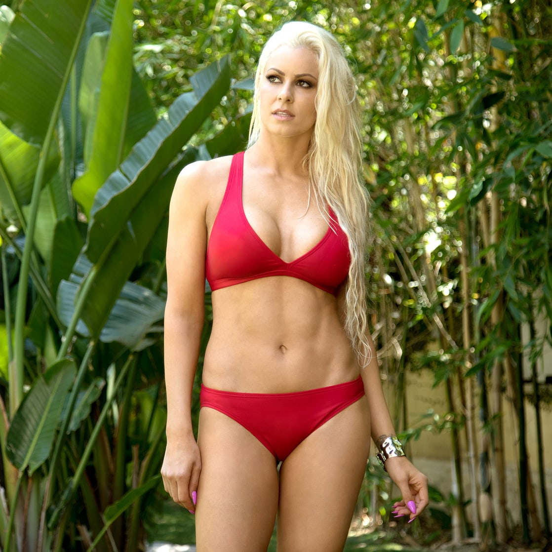 Maryse naked ass and boobs was registered
