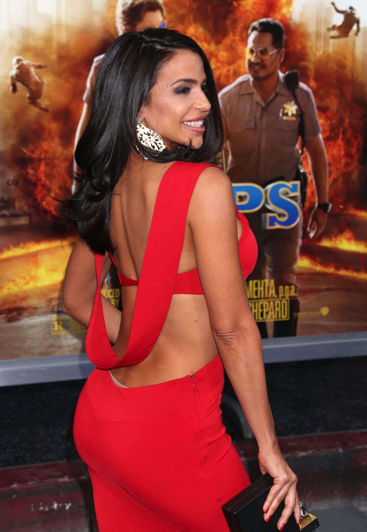 Vida Guerra Hot in Red