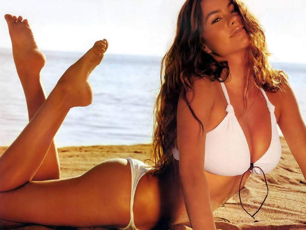 Sofia Vergara on Beach