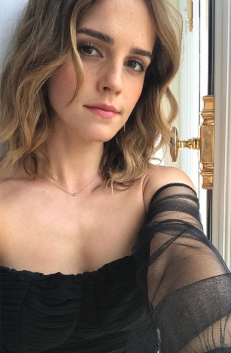 31 Hottest Emma Watson Pictures Will Make You Melt Like An Ice Cube-2592