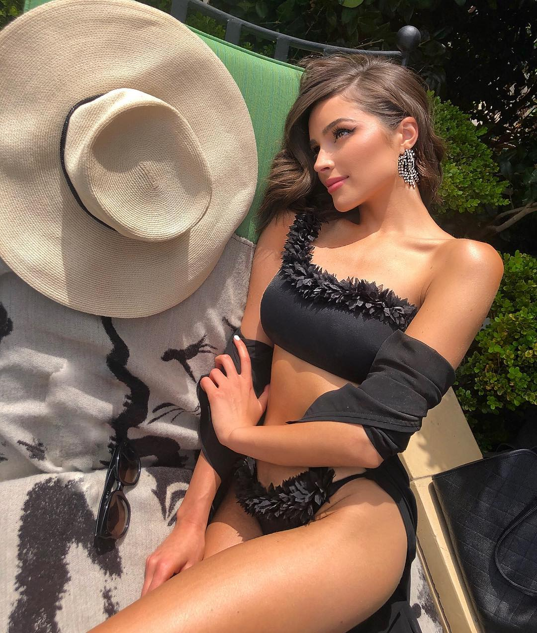 Olivia Culpo with a Hat