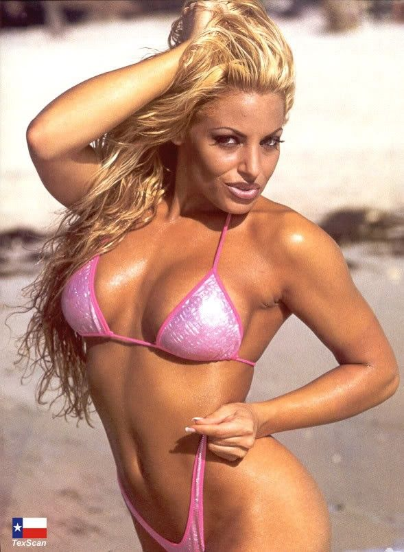38 Hottest Trish Stratus Bikini Pictures Will Drive You Madly In Love With This Wwe Diva-5615