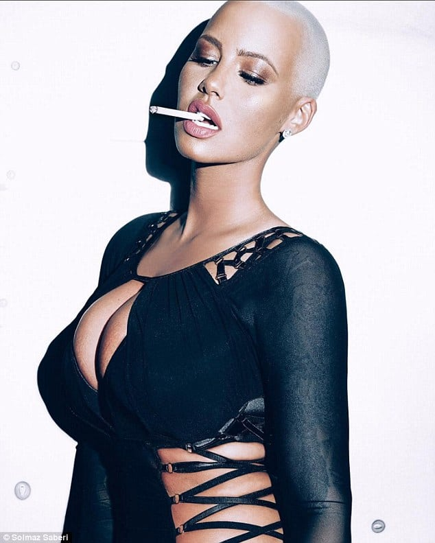Amber Rose Smoking Cigrette