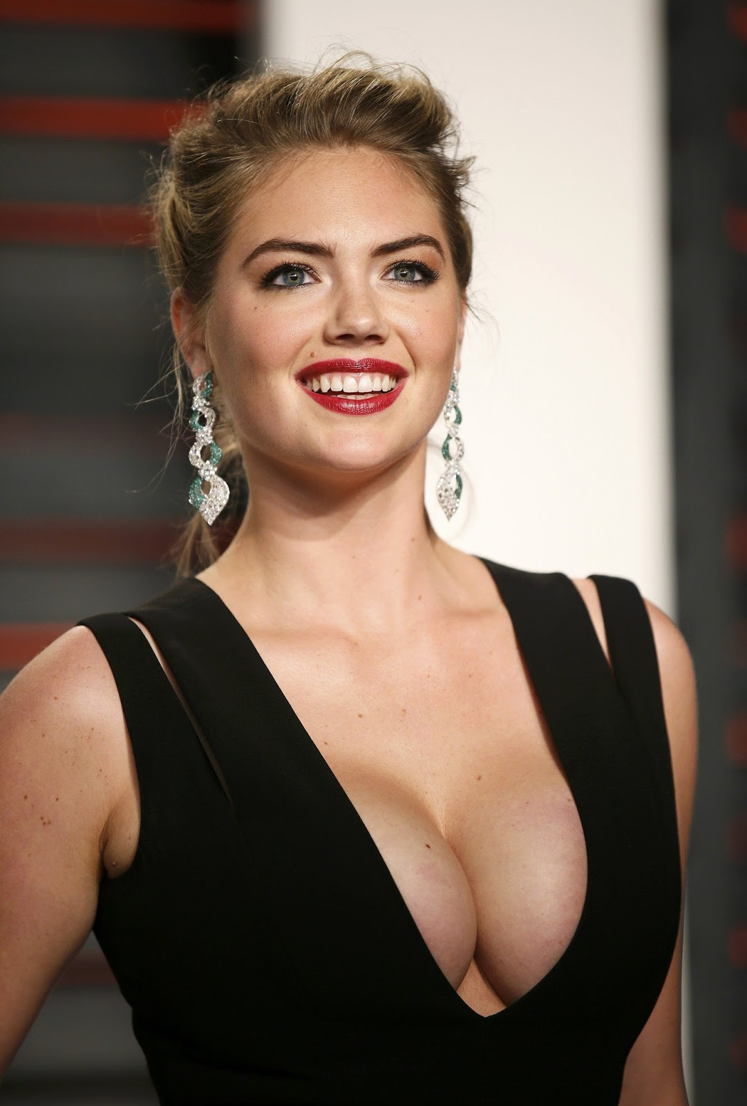Kate Upton on Awards